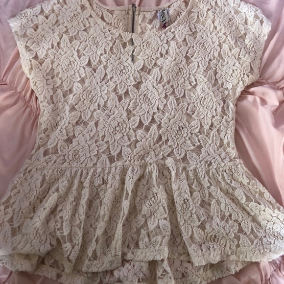 Tops - 3 for $12 Short Sleeve Lace Top